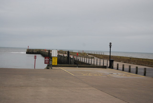 Breakwater, West Bay