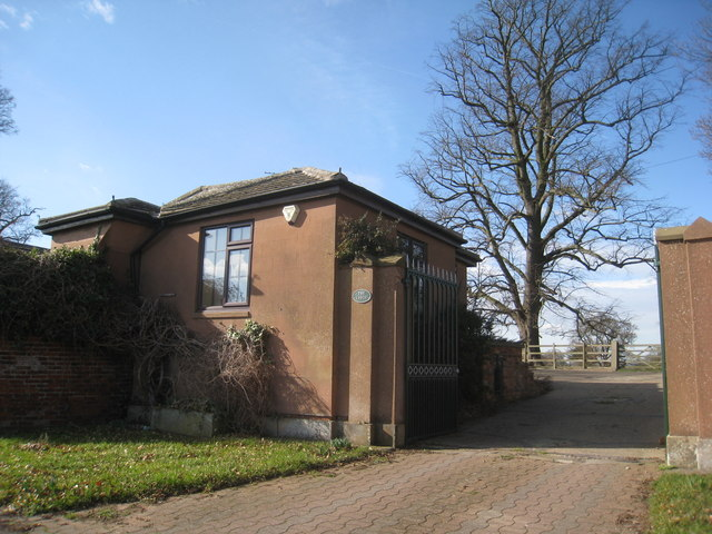 Lodge to Stoke Hall