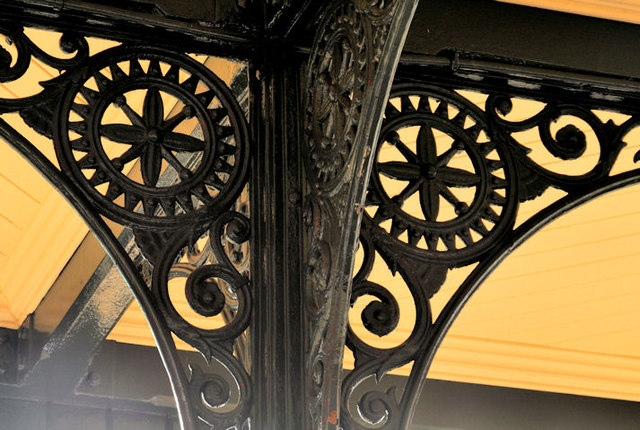 Ironwork, Coleraine station