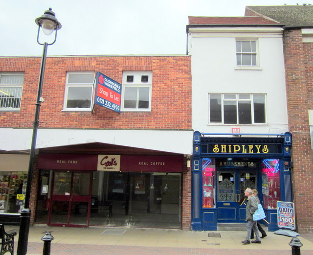 Bromsgrove High Street  Shop to Let (Was Cooks Bakery) & Shipleys Amusements