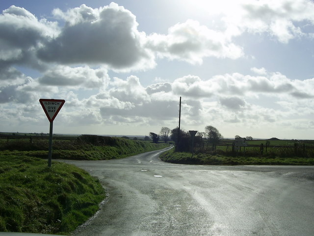 Minor crossroads