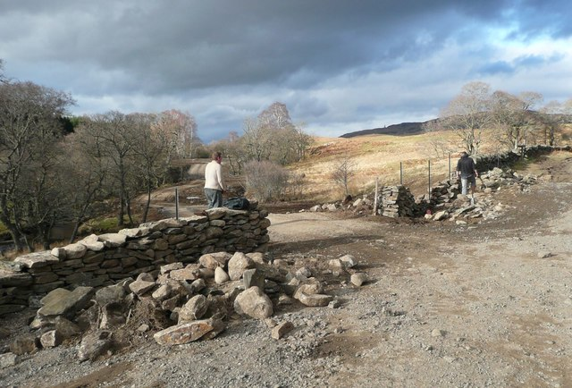 Reinstating a demolished dry stone wall