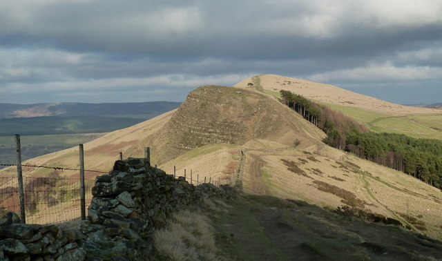 Ridge path to Back Tor and Lose Hill