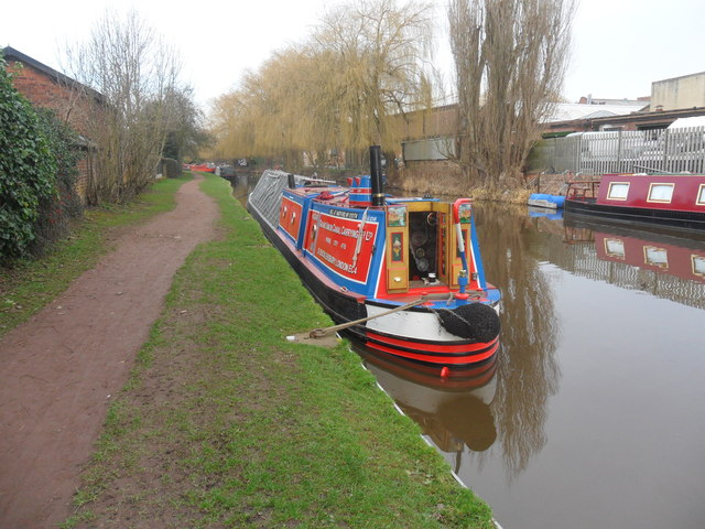 Working Narrow Boat Hadar moored in Stone