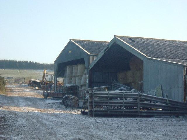 Barns near Lumphanan