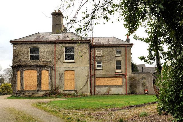 Vacant house, Holywood (1)