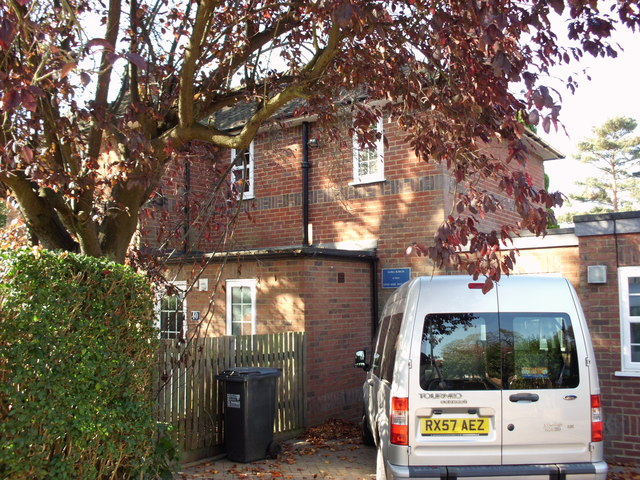 40 Handside Lane WGC Dame Flora Robson's house