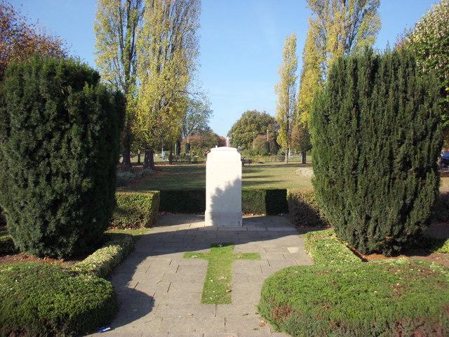 Welwyn Garden City War Memorial Howardsgate
