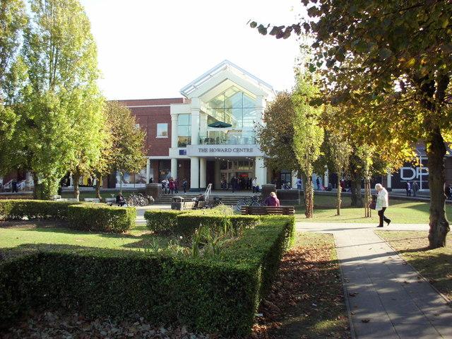 Landscape Welwyn Garden City : The howard centre welwyn garden city ? paul shreeve cc