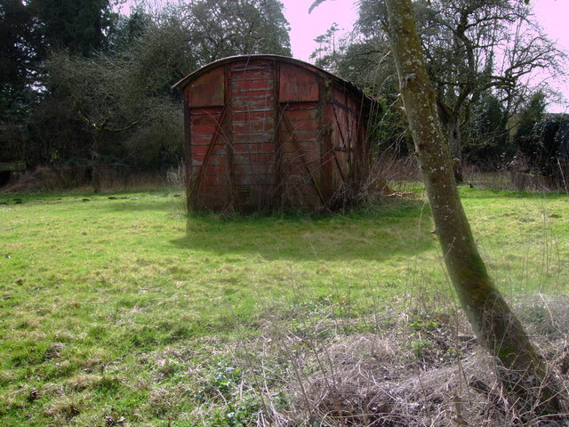 Disused railway carriage, Purton