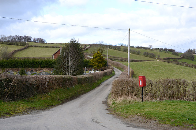 Post box at Newchapel