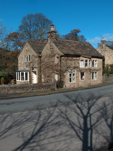 Old toll house near Grindleford Bridge