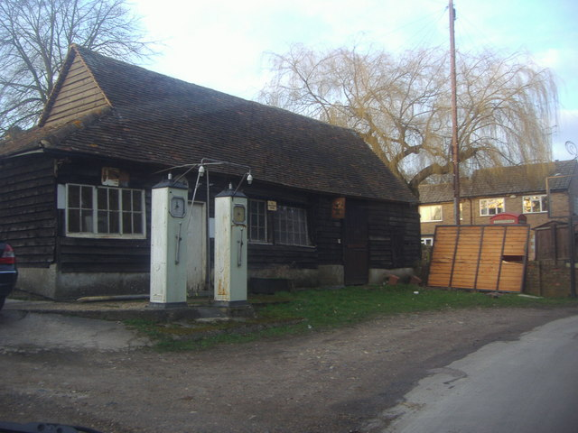 Antique garage, Dane End
