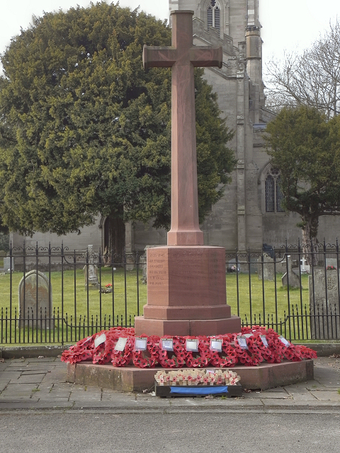 Ombersley, War Memorial and St Andrew's Church