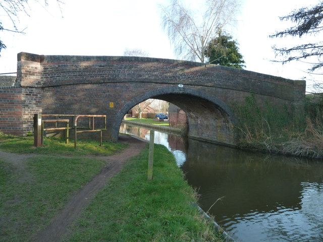 Shernal Green Bridge - Worcester & Birmingham Canal