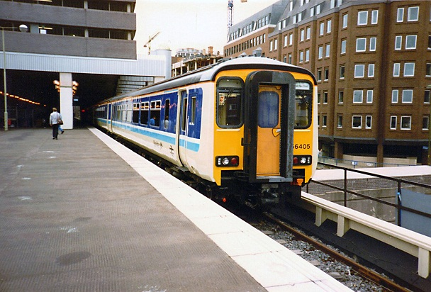 Class 156 at Birmingham Snow Hill, 1988