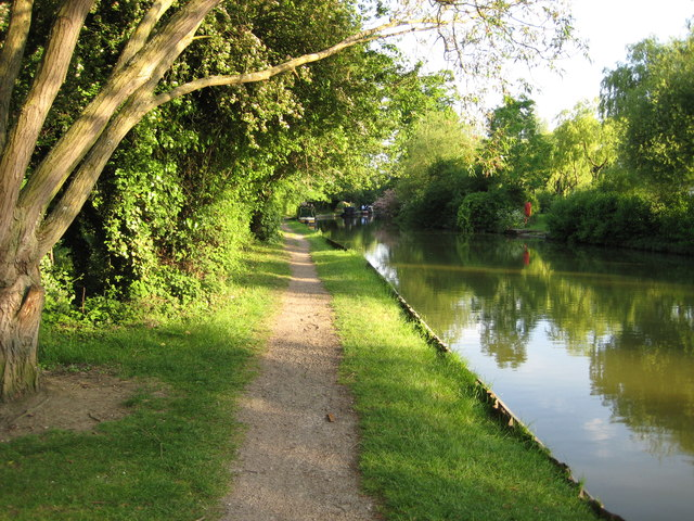 Towpath near Peartree Bridge