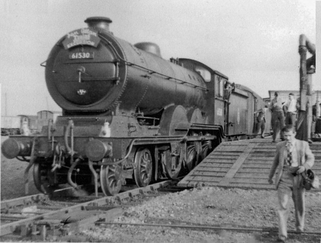 Ex-GE B12/3 4-6-0 on Rail Tour at South Lynn