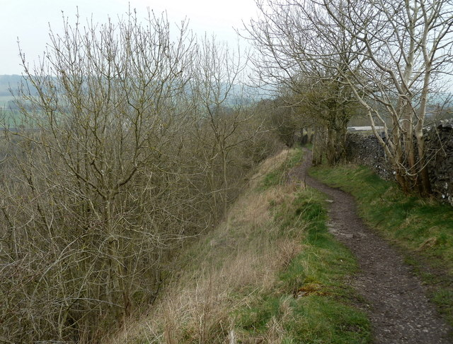 Footpath along the rim of Monsal Dale