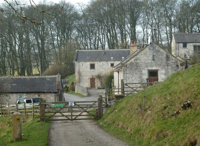 Hamlet of Brushfield from the east