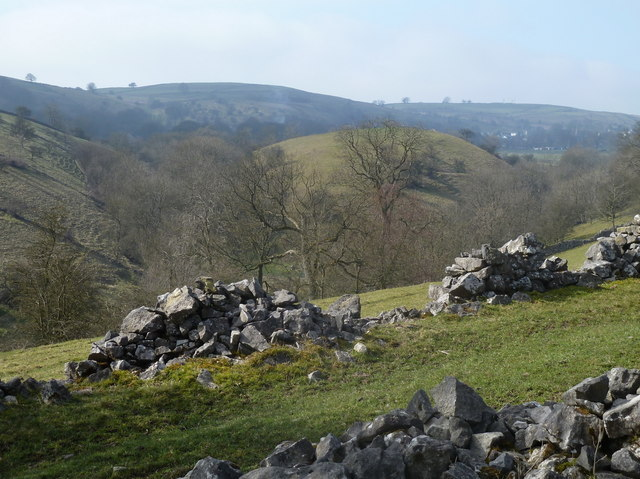 Valley views near Taddington