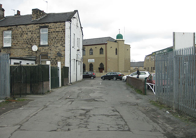 Mosque on Huddersfield Road