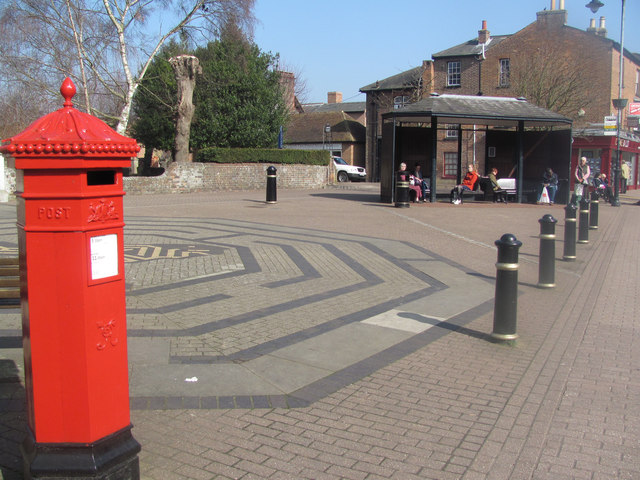 Church Square, Tring