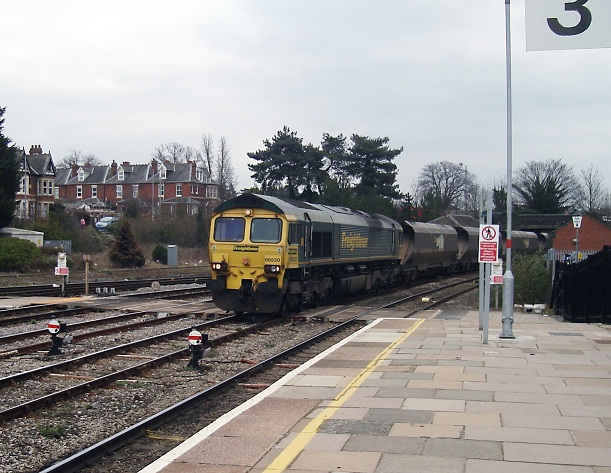 Freightliner Class 66 Entering Hereford Station