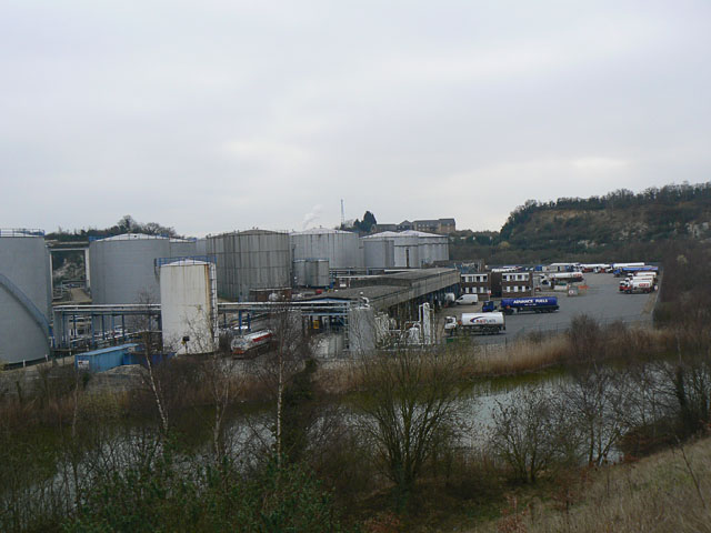 South Stifford Tank Farm or Oil Depot