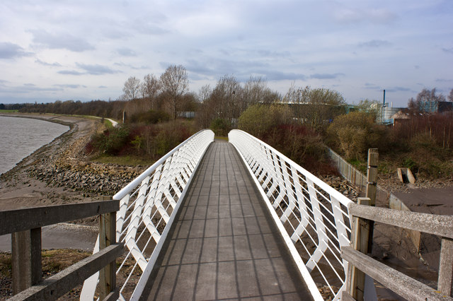 The footbridge over Ditton Brook and Stewards Brook