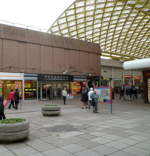 Peacocks Cwmbran Shopping Centre Jaggery Cc By Sa 2 0