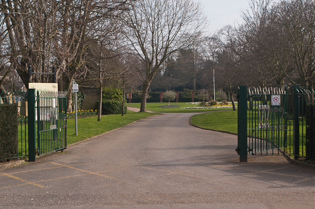 Entrance to Priory Gardens