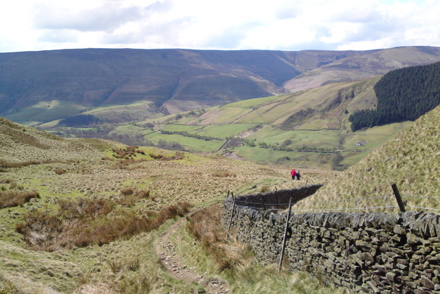 Little Moor to the right, descending from Alport Castles