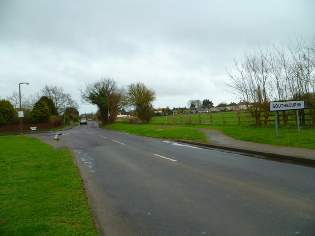 The way into Southbourne from the north