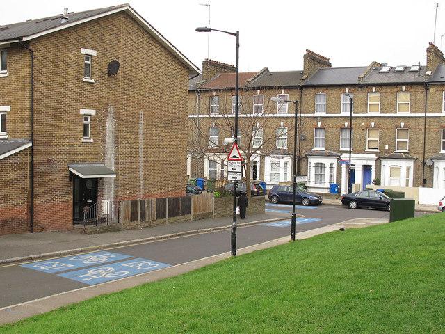 Churchyard Row, Newington