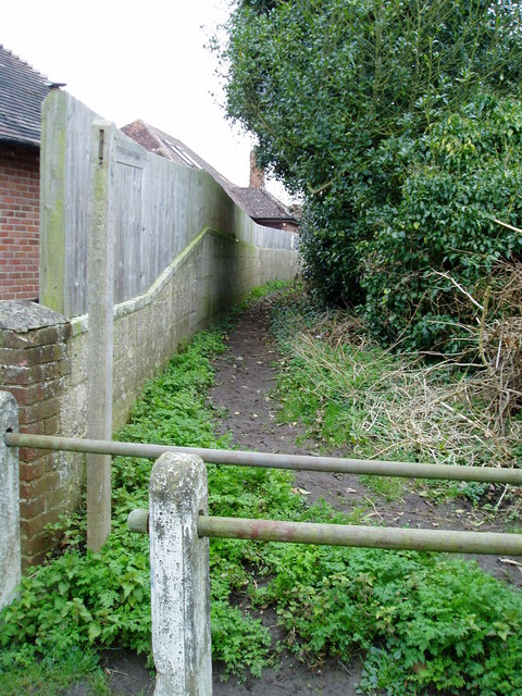 Start of footpath 141