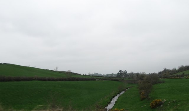 Valley of the Shinn River north of the A25