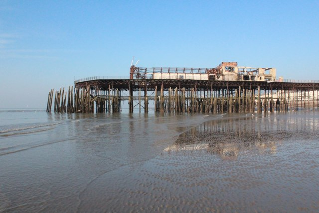 Hastings Pier at low tide