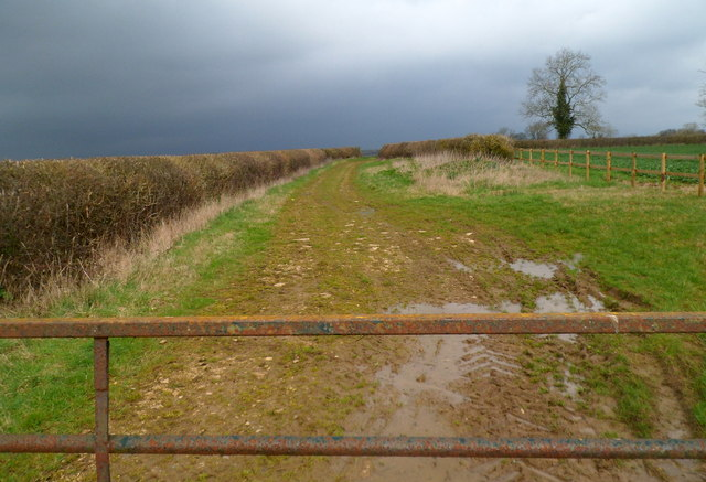 Muddy track through fields between Kemble and Ewen