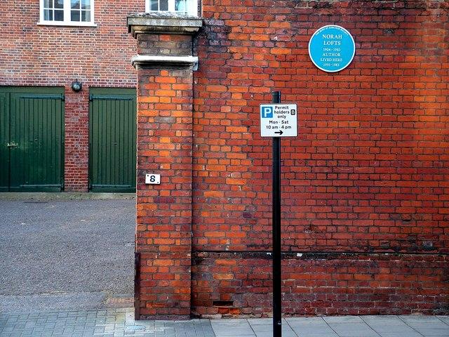Nora Lofts' blue plaque
