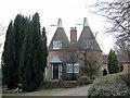TQ6625 : Mottynsden Oast, Spring Lane, Burwash by Oast House Archive