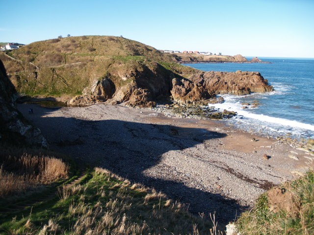 Milldown Point and Beach, Coldingham Bay