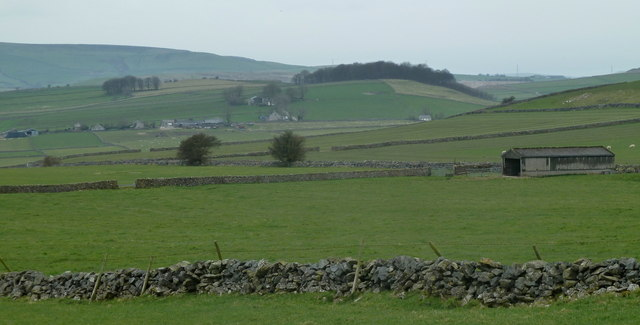 Fields towards Dam Dale