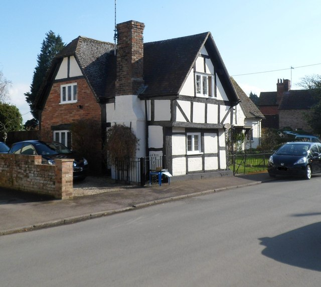 Grade II listed Tudor Cottage, Frampton on Severn