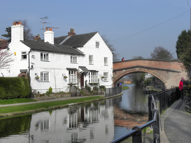 Bridgewater House and Lymm Bridge