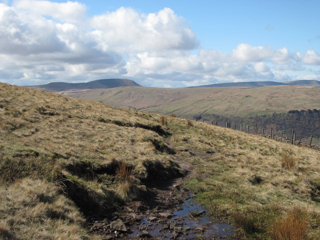 Path above Craig Cwm-du