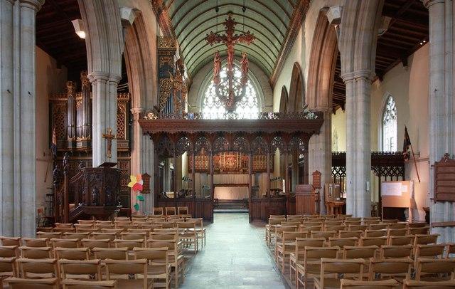 St John the Baptist, Epping - East end