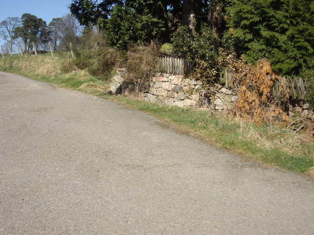 Access road to West Learney