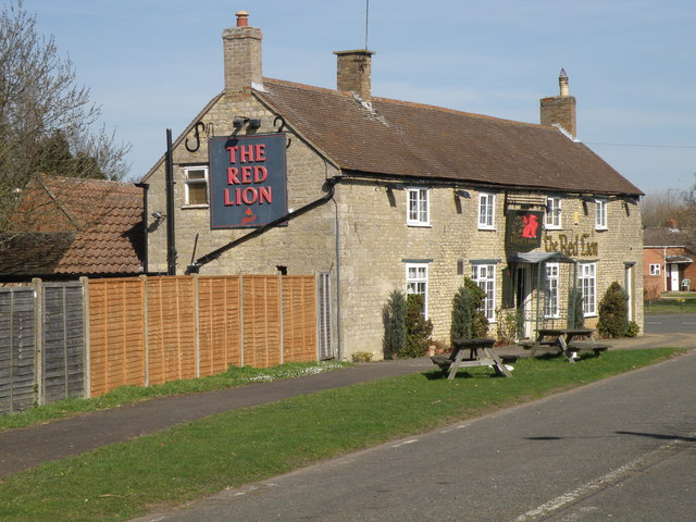 The Red Lion, Warmington