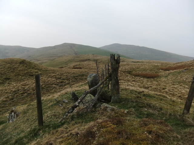 Fence on Pen y Cerrig-serth